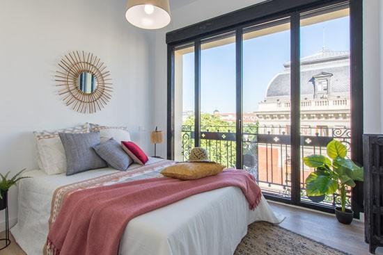 Factory Home Staging met Cubiqz kartonnen bed