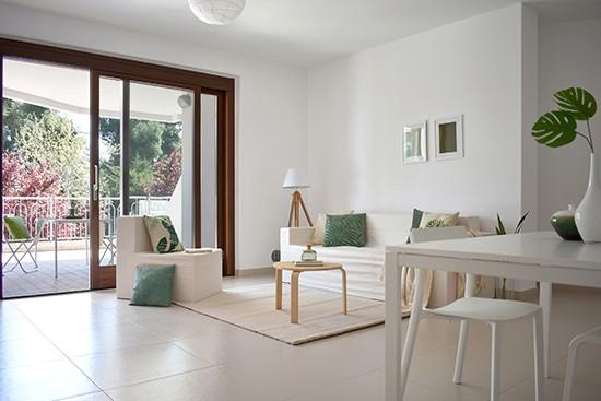 Cubiqz kartonnen bank en stoel met stoffen hoes in Off white door  SDM Home Staging